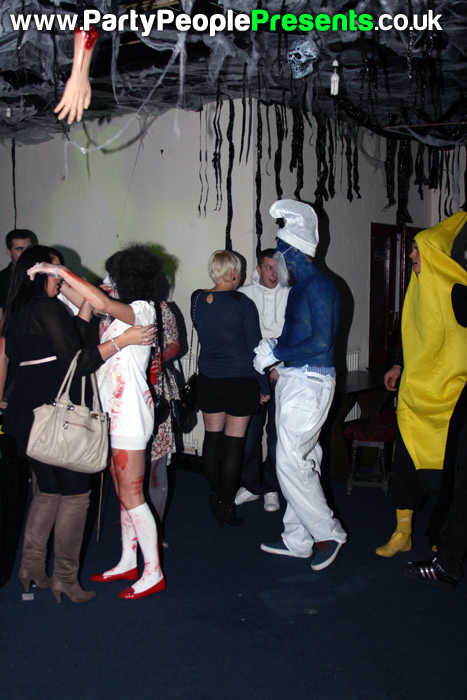 PartyPeoplePresents_MonsterMashup137