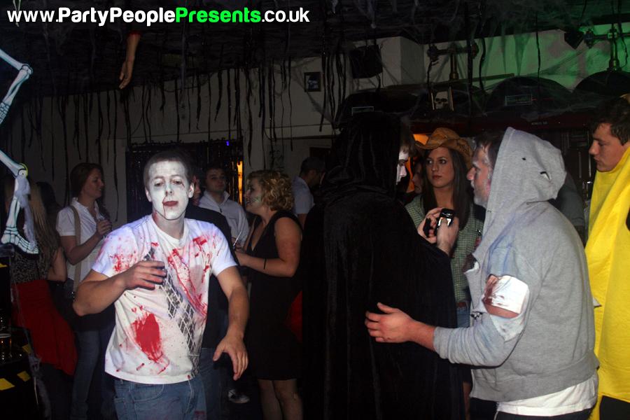 PartyPeoplePresents_MonsterMashup251