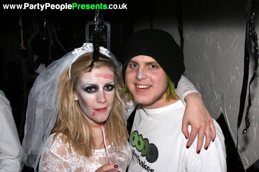 PartyPeoplePresents_MonsterMashup304